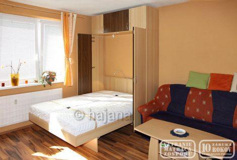 Sklápěcí postel Hajana 1D-04 dveře + nástavec, otevřená
